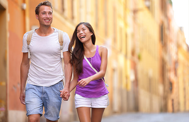 bigstock-Casual-young-couple-holding-ha-71516632
