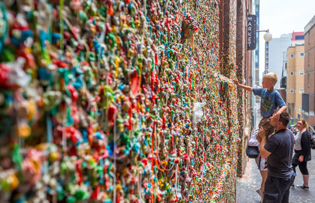 http://www.mensmagazine.com/wp-content/uploads/2015/12/Seattle-Gum-Wall-Gets-Cleaned.jpg